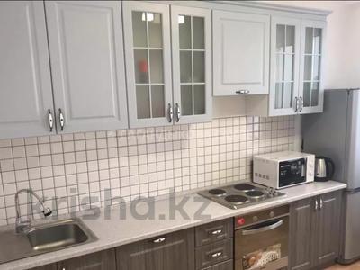 2-комнатная квартира, 50 м², 2/12 этаж, Ханов Керея и Жанибека 48 за 24.3 млн 〒 в Нур-Султане (Астана), Есиль р-н