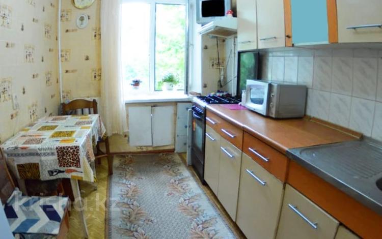 2-комнатная квартира, 55 м², 2/5 этаж, Деповская за 9.5 млн 〒 в Уральске