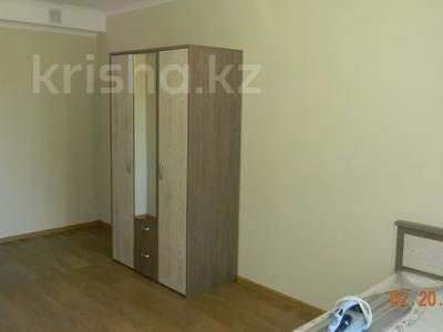 3-комнатная квартира, 89 м², 10/10 этаж помесячно, Ермекова 106/6 за 120 000 〒 в Караганде, Казыбек би р-н — фото 5