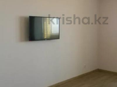 3-комнатная квартира, 89 м², 10/10 этаж помесячно, Ермекова 106/6 за 120 000 〒 в Караганде, Казыбек би р-н — фото 2