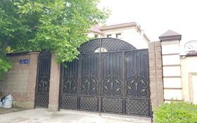 5-комнатный дом поквартально, 400 м², 9 сот., мкр Таугуль-3, Мкр Таугуль-3 16 — Ахмета Дауылбаева за 1 млн 〒 в Алматы, Ауэзовский р-н