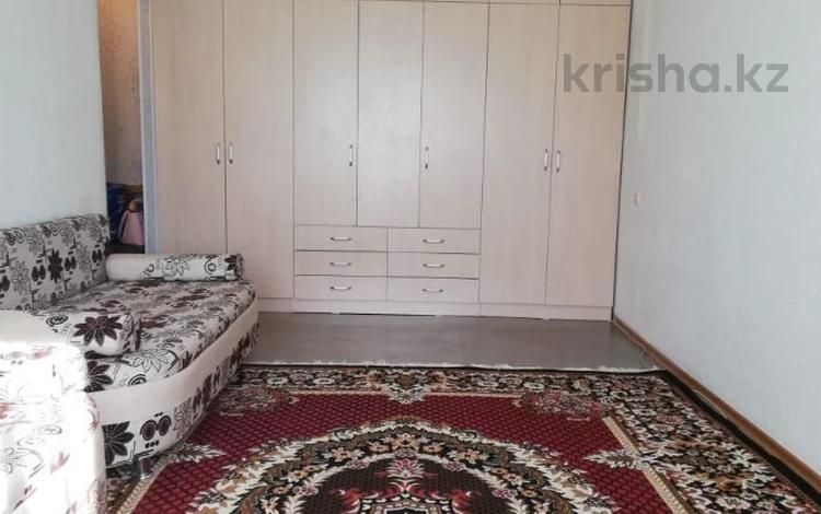 1-комнатная квартира, 36 м², 5/5 этаж, Манаса за 11 млн 〒 в Нур-Султане (Астана), Алматы р-н
