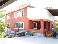 5-комнатный дом, 283.6 м², 8 сот.