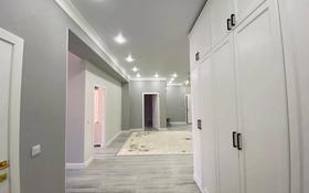 4-комнатная квартира, 188 м², 10/12 этаж, 16-й мкр 48 за 50 млн 〒 в Актау, 16-й мкр
