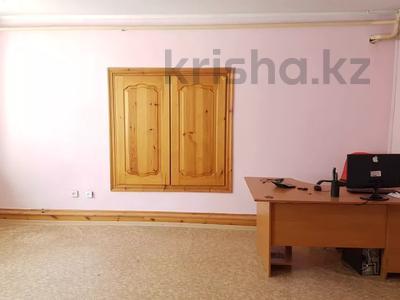 Магазин площадью 248 м², Дулатова 221 — Мамай батыра за 300 000 〒 в Семее — фото 8