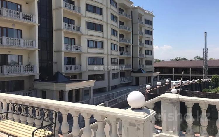 6-комнатная квартира, 385 м², 5/6 этаж, мкр Ремизовка 7 — Аль-Фараби за 125 млн 〒 в Алматы, Бостандыкский р-н