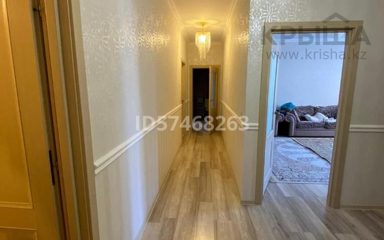 3-комнатная квартира, 100 м², 1/6 этаж, 15-й мкр за 28.5 млн 〒 в Актау, 15-й мкр