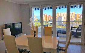 3-комнатная квартира, 90 м², 6 этаж, Av. Benidorm за ~ 79.8 млн 〒 в Аликанте