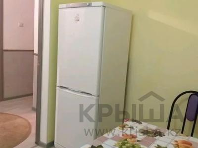 2-комнатная квартира, 65 м², 1/5 этаж посуточно, Азаттык 5 Б за 8 000 〒 в Атырау — фото 5