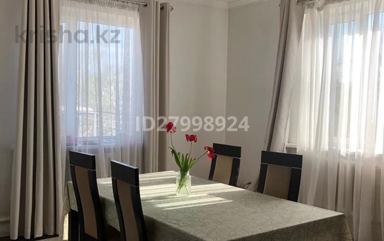 6-комнатный дом, 200 м², 16 сот., Школьная 19 за 28 млн 〒 в Алматинской обл.