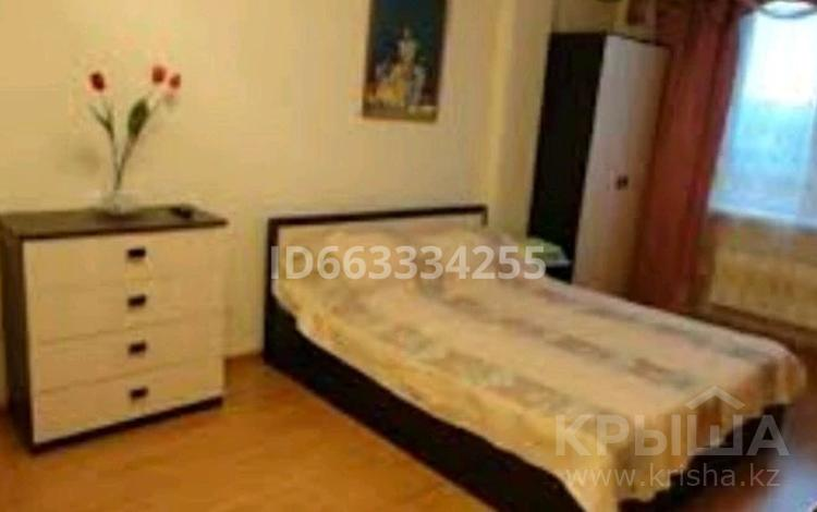 1-комнатная квартира, 55 м² посуточно, 28-й микрорайон 4 за 5 000 〒 в Актау