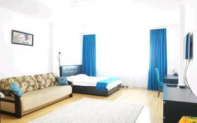 1-комнатная квартира, 46 м², 19/37 этаж посуточно, Достык 5 — Нуржол бульвар за 11 000 〒 в Нур-Султане (Астана), Есиль р-н