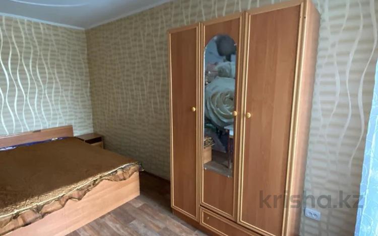 2-комнатная квартира, 49.5 м², 4/5 этаж, мкр Аксай-3А, Толе Би (Комсомольская) за 19.5 млн 〒 в Алматы, Ауэзовский р-н