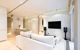 2-комнатная квартира, 55 м² помесячно, Достык 138/1 за 350 000 〒 в Алматы