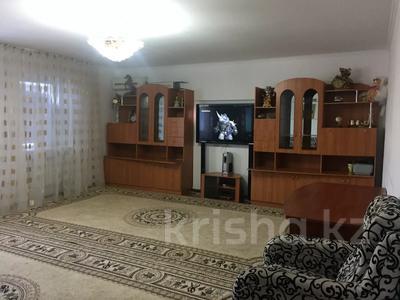 6-комнатный дом, 300 м², 10 сот., Мустафа Шокай 233 — Астана за 42 млн 〒 в  — фото 5