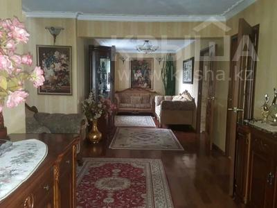 6-комнатный дом, 220 м², 10 сот., Богдана Хмельницкого 17 за 120 млн 〒 в Караганде, Казыбек би р-н