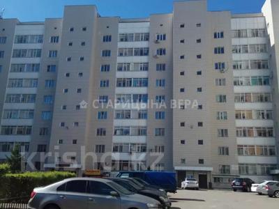 3-комнатная квартира, 90 м², 1/9 этаж, Сауран 5 — Сыганак за 27.3 млн 〒 в Нур-Султане (Астана), Есиль р-н — фото 8