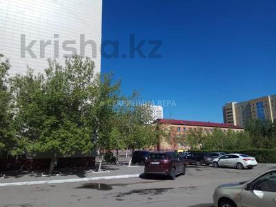 3-комнатная квартира, 90 м², 1/9 этаж, Сауран 5 — Сыганак за 27.3 млн 〒 в Нур-Султане (Астана), Есиль р-н — фото 9