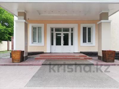 Здание, площадью 1224 м², Алии Молдагуловой за 235 млн 〒 в Экибастузе — фото 9