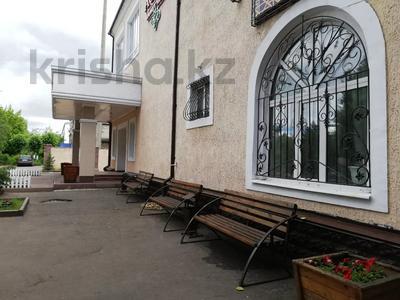 Здание, площадью 1224 м², Алии Молдагуловой за 235 млн 〒 в Экибастузе — фото 10