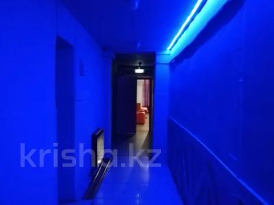 Здание, площадью 1224 м², Алии Молдагуловой за 235 млн 〒 в Экибастузе — фото 21