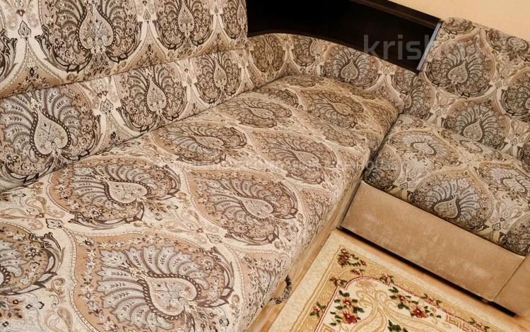 2-комнатная квартира, 45 м², 3 этаж посуточно, Ерубаева 33 за 9 995 〒 в Караганде, Казыбек би р-н
