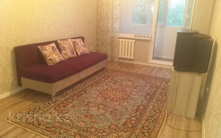 1-комнатная квартира, 33 м², 2/4 этаж, мкр №11, Шаляпина 14б — Правды за 12.8 млн 〒 в Алматы, Ауэзовский р-н