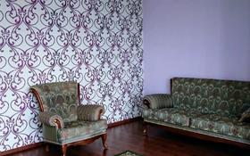 2-комнатная квартира, 78 м², 17/19 этаж помесячно, Брусиловского 144 за 170 000 〒 в Алматы
