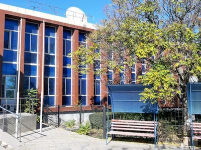 Здание, площадью 2332 м², 2-й мкр 7 за 480 млн 〒 в Актау, 2-й мкр — фото 2