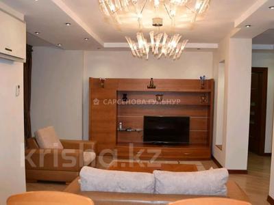 2-комнатная квартира, 80 м², 6/8 этаж помесячно, Достык 12 за 350 000 〒 в Алматы, Медеуский р-н