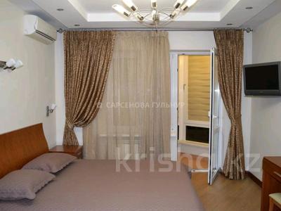 2-комнатная квартира, 80 м², 6/8 этаж помесячно, Достык 12 за 350 000 〒 в Алматы, Медеуский р-н — фото 7