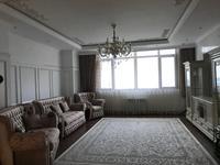 4-комнатная квартира, 200 м², 30/33 этаж поквартально