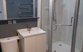 3-комнатная квартира, 80 м², 3/3 этаж помесячно, Айтеке-би 21 за 200 000 〒 в Алматы, Медеуский р-н