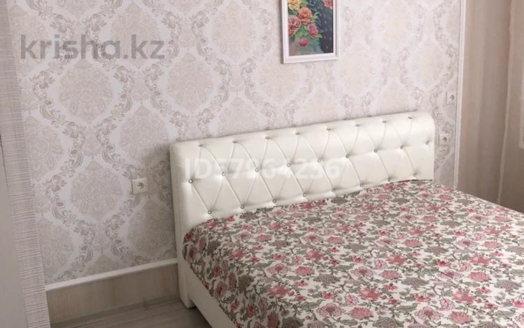 1-комнатная квартира, 40 м², 1/9 этаж посуточно, Сатпаева 54 за 8 000 〒 в Атырау
