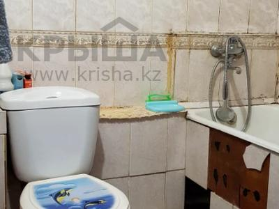 2-комнатная квартира, 42 м², 4/4 этаж, мкр №1 за 17.5 млн 〒 в Алматы, Ауэзовский р-н