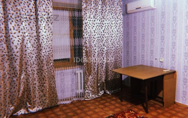 1-комнатная квартира, 36 м², 7/9 этаж помесячно, проспект Абулхаир хана за 63 000 〒 в Актобе
