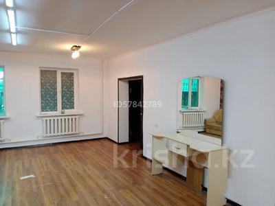 Магазин площадью 200 м², мкр Калкаман-2, Жуалы 151 за 550 000 〒 в Алматы, Наурызбайский р-н — фото 2