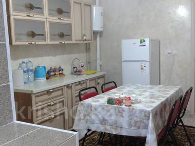 3-комнатная квартира, 90 м², 1/2 этаж помесячно, Центральная 6 за 200 000 〒 в Кульсары — фото 16