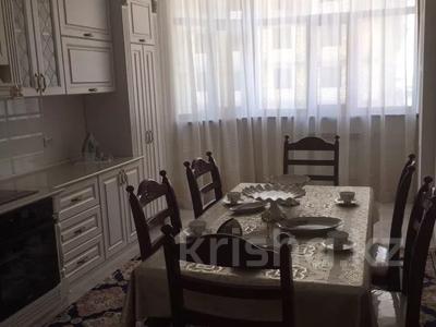 2-комнатная квартира, 90 м², 3 этаж помесячно, 17-й мкр 7 за 200 000 〒 в Актау, 17-й мкр — фото 3