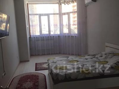 2-комнатная квартира, 90 м², 3 этаж помесячно, 17-й мкр 7 за 200 000 〒 в Актау, 17-й мкр — фото 6
