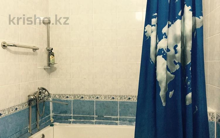 1-комнатная квартира, 38 м², 2/5 этаж, Есенова — Макатаева за 15 млн 〒 в Алматы, Алмалинский р-н