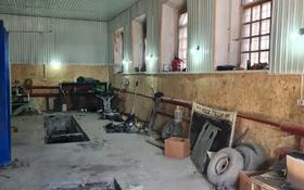 Здание, площадью 288 м², Темиржолшилар 114 за 25 млн 〒 в Усть-Каменогорске