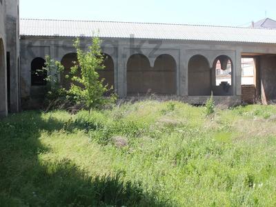 Здание, площадью 1500 м², Каныбекова 3 — улица Тогысбаева за 200 млн 〒 в Шымкенте — фото 5