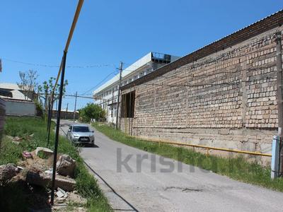 Здание, площадью 1500 м², Каныбекова 3 — улица Тогысбаева за 200 млн 〒 в Шымкенте — фото 9