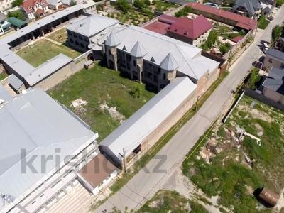 Здание, площадью 1500 м², Каныбекова 3 — улица Тогысбаева за 200 млн 〒 в Шымкенте — фото 10