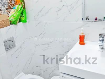 2-комнатная квартира, 62 м², 6/10 этаж, Кайыма Мухамедханова 21 — Әйтеке би за 25 млн 〒 в Нур-Султане (Астана), Есиль р-н — фото 7