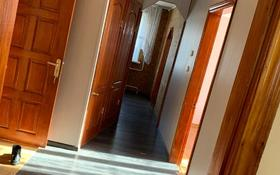 3-комнатная квартира, 62 м², 1/5 этаж, Жамбыла Жабаева за 17.3 млн 〒 в Петропавловске