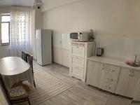 1-комнатная квартира, 50 м², 2 этаж посуточно, 16-й мкр 49 за 10 000 〒 в Актау, 16-й мкр