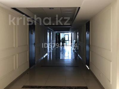 Офис площадью 40 м², Ханов Керея и Жанибека 18 — Туркестан за 4 990 〒 в Нур-Султане (Астана), Есиль р-н — фото 14
