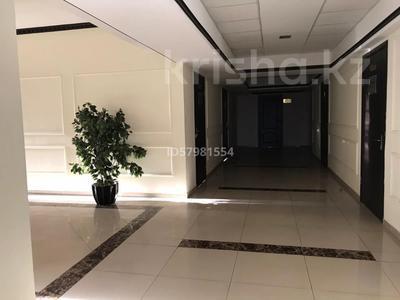 Офис площадью 40 м², Ханов Керея и Жанибека 18 — Туркестан за 4 990 〒 в Нур-Султане (Астана), Есиль р-н — фото 15